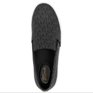 Micheal Kors Slip-on Shoes